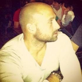 Zorro, uomo cerca donne o coppie per incontri di sesso in Pescara, foto